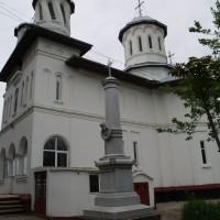 Lipia, sat; Gruiu, comuna - Cruce-Monument