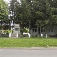 Dascălu, comuna; Dascălu, sat - Monumentul eroilor căzuţi în primul război mondial