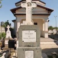 Cornetu - Cruce-monument dedicată Eroilor din Războiul Întregirii Cornetu